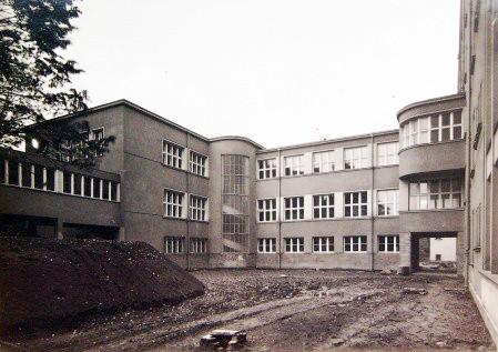 operační sály, dobové foto z roku 1937