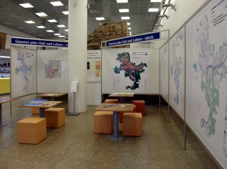 V infocentru v paláci Zdar je vystaven návrh územního plánu Ústí n. L. k veřejnému nahlédnutí.