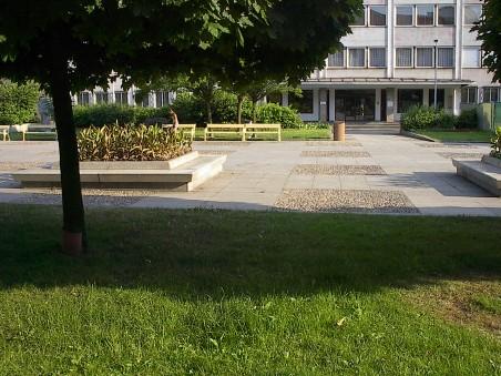 úprava Lidického náměstí před rekonstrukcí