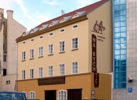 Restaurace Na Rychtě _ přestavba - Roman Prachař - nominace plus  (Foto: http://pivni.info/galerie/505-na-rychte-usti-nad-labem.html )