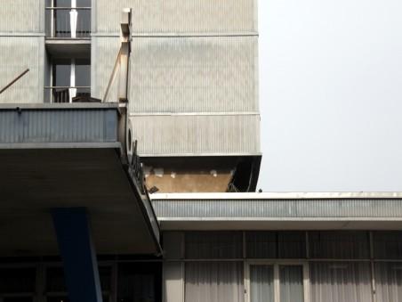 původní detail fasády Interhotelu Bohemia - foto: Matěj Páral 05/2008